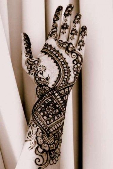 21 Mehendi designs with facts | Exploring Indian Wedding Trends
