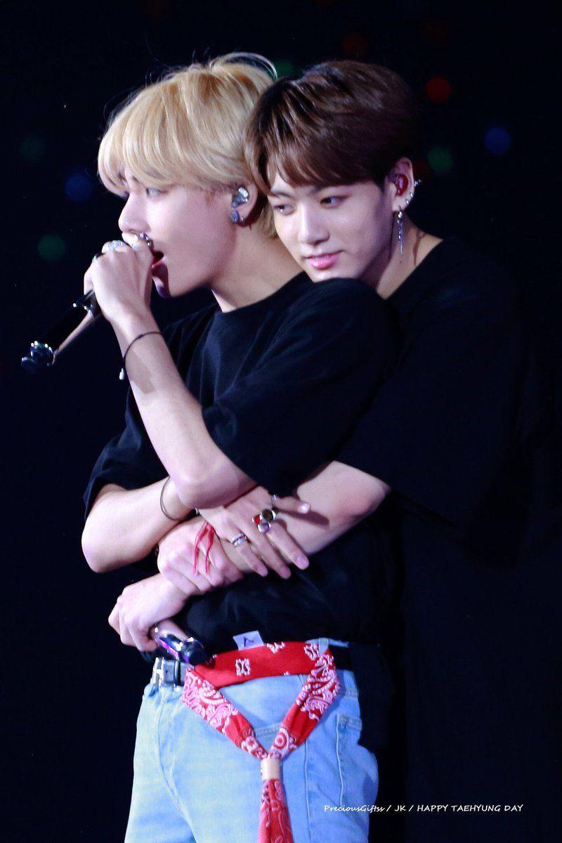 Confirman que 2 integrantes del famoso grupo de BTS tienen una relación en secreto