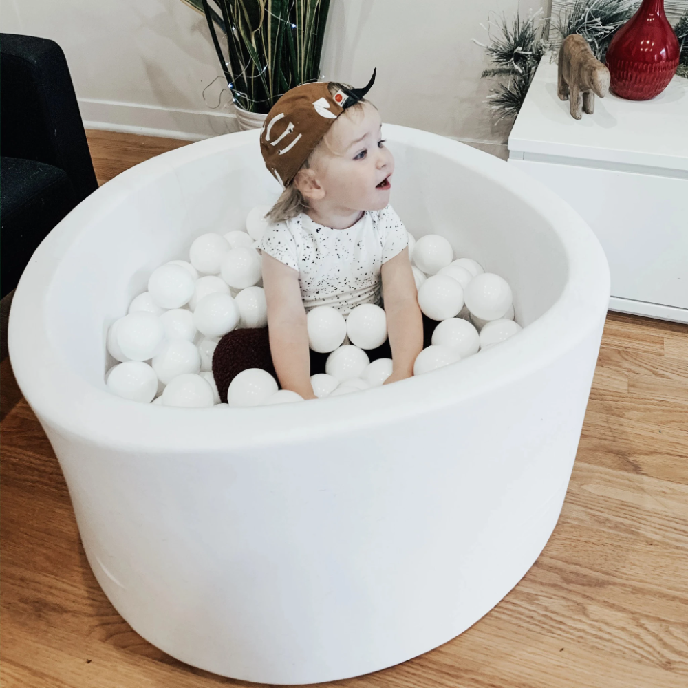 Small white toddler ball pit with balls – MilkyBubbleKids ...