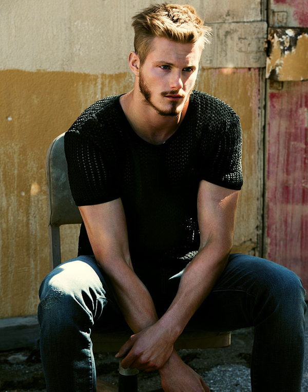 Pin By Stella Grace On Zxander 2 Of 2 Alexander Ludwig