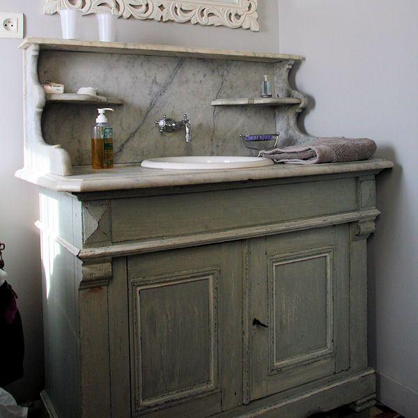 20 meubles vasque r cup 39 pour la salle de bains for Meuble salle de bain antique