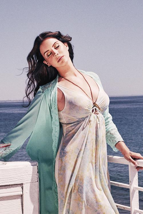 Lana Del Rey   Lana del rey high, High by the beach