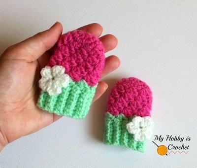 Blooming Berry Baby Mitten Pattern -- keep little fingers warm
