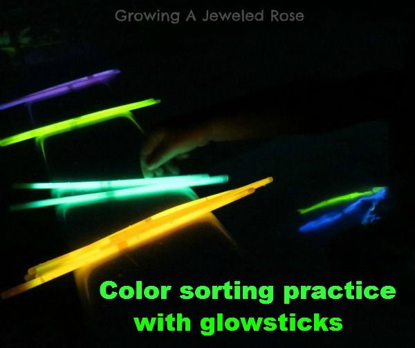 Glowing Bath Play Ideas Fun Activities For Kids Teaching Colors Math For Kids