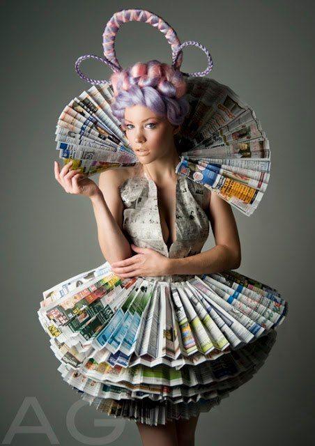 Vestido Elaborado Con Papel Periodico Fashion Recicled