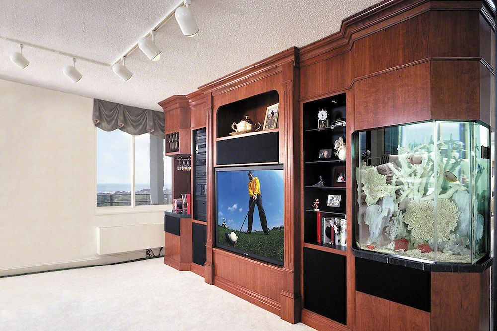 Tv cabinet with built in fish tank edgonline cabinets for Built in fish tank