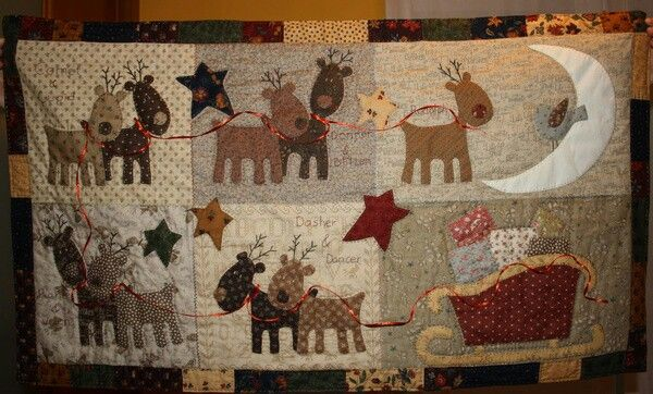 Awesome Christmas Quilts Holiday Quilts Christmas Applique