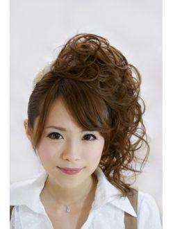 2020年秋 パーティーヘアセット ヘアセット ホットペッパービューティーヘアカタログ ヘアモデル パーティー ヘアセット 髪 色