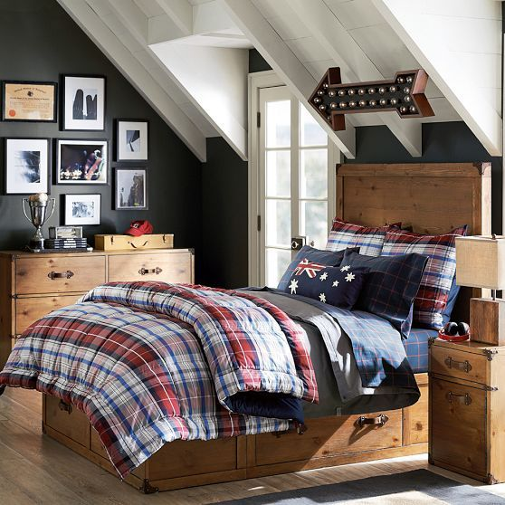 Boy Bedroom Storage: Traveler's Storage Bed
