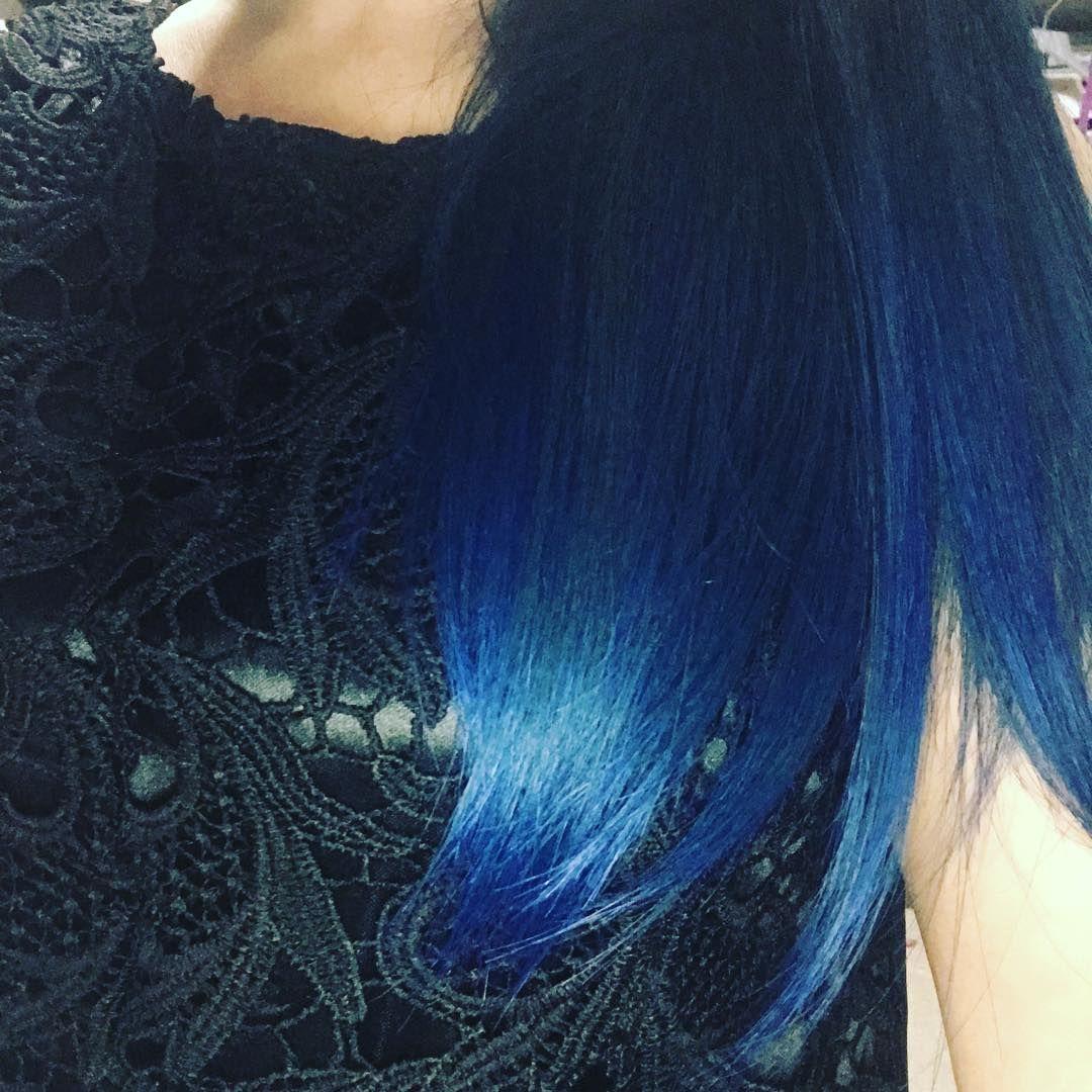 色抜けしてグリーンアッシュになってた髪色やっと気分乗って