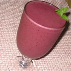 Photo source and directions @ All Recipes Super Healthy Fruit Smoothie.Ingredients: 1/3 cup fresh blueberries1/3 cup fresh raspberries4 large fresh strawberries, hulled1/3 cup pomegranate juice1/3 cup mango juice2/3 cup milk2 tablespoons honey
