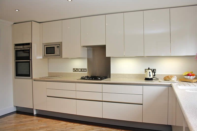 High Gloss Cream Acrylic Kitchens Kitchen Cabinets Handleless Kitchen Kitchen Cabinet Dimensions