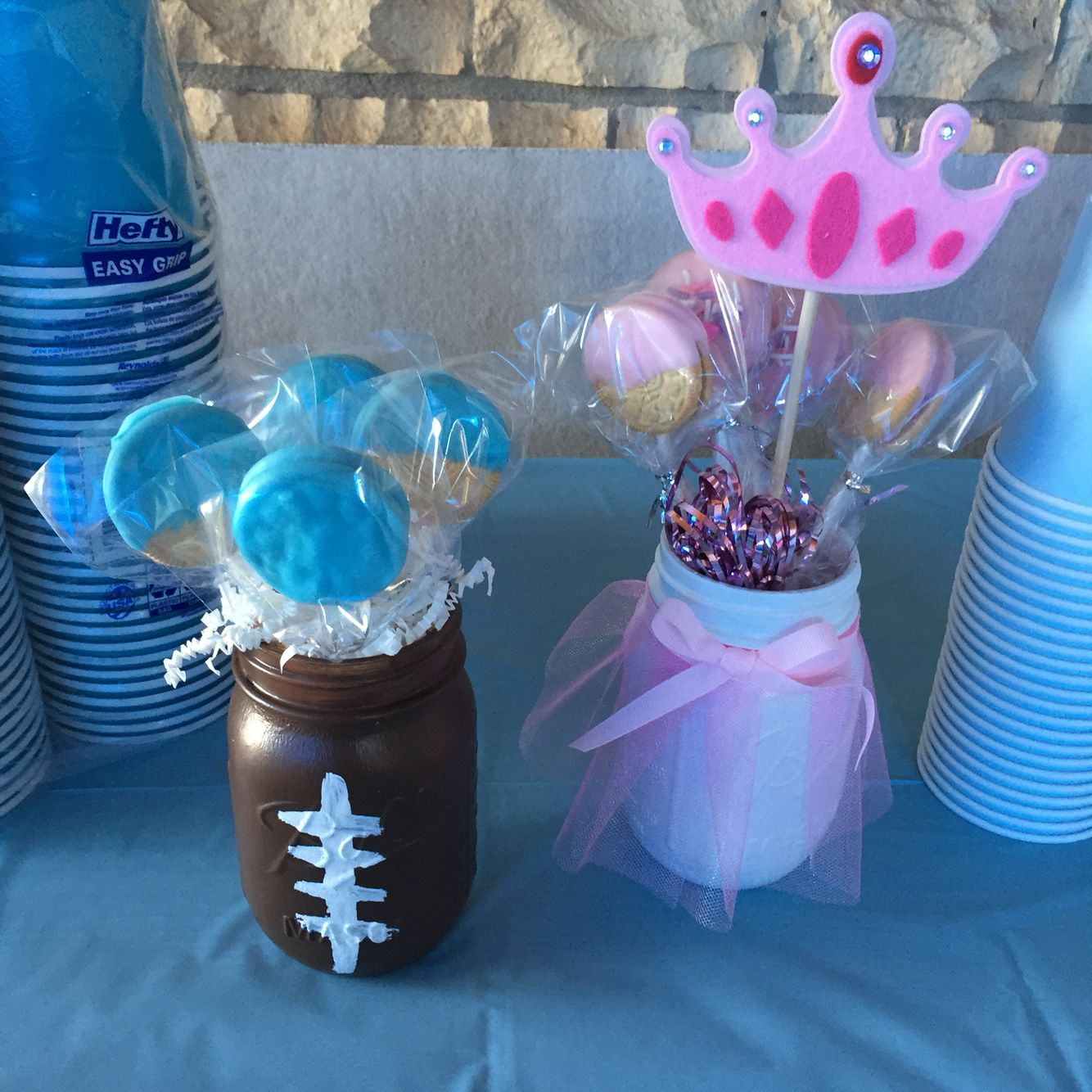 Touchdowns Or Tutus Gender Reveal Centerpieces With Vanilla Dipped Oreos Gender Reveal Party Decorations Tutus Gender Reveal Gender Reveal Party Games
