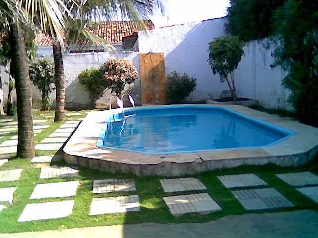 Pros y contras de tener una piscina en casa - Para Más Información ...