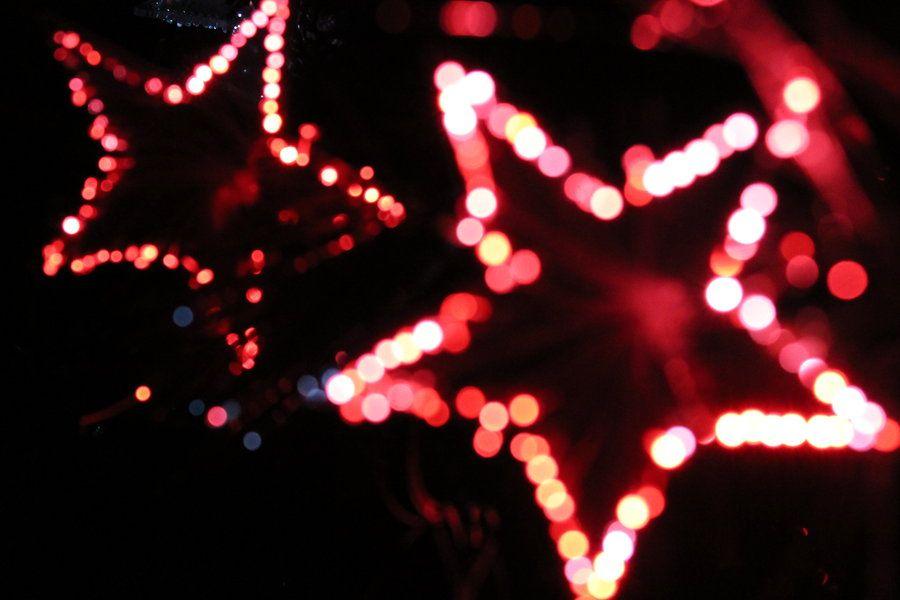 red_christmas star lights