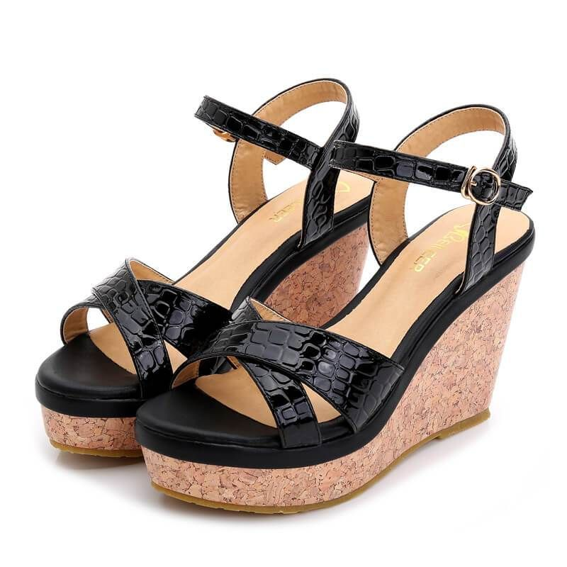 ec3baa1b920 Petite Feet Strap Wedge Sandals STEPHE in 2019 | petite size sandals ...