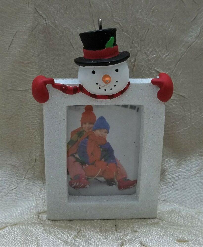 Hallmark Snowman Resin Photo Frame Christmas Holiday Ornament Ebay Christmas Photo Frame Photo Frame Ornaments Ornaments