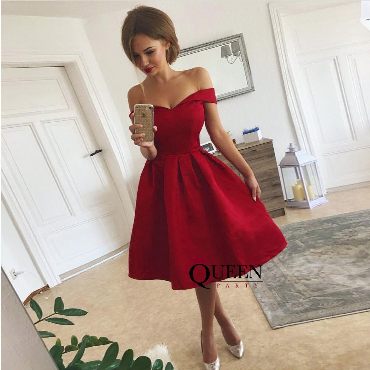 Dark red offtheshoulder sweetheart short party dress