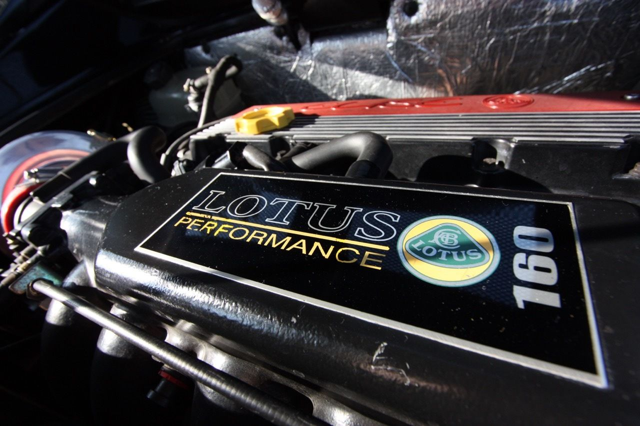 Lotus Elise S1 Sport 160 (2000) 1800cc Straight four-cylinder engine ...