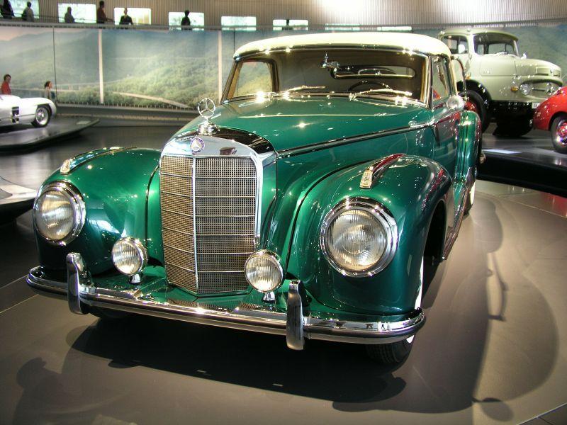 Mercedes-Benz Museum www.mercedes-benz-classic.com | Classic ...