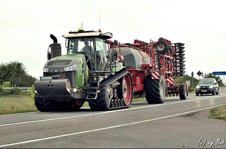 Landtechnik 2 0 Op Instagram Landtechnik Landtechnikimosten Aufderstrasse Fendt 1165mt Fendt1165mt Horsch Terrano 12fm Landmaschinen Fendt Traktoren