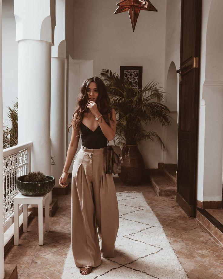 """Sofya Benzakour on Instagram: """"""""2018 ou l'année où je me suis redécouverte. Il y a un an j'arrêtais mon corporate job pour vivre de ma passion. Une décision qui a été…"""""""