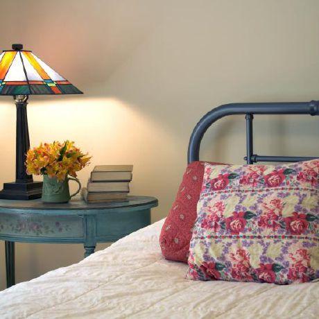 Gemütlichkeit mit Vintage-Flair im Schlafzimmer   Corbusier Home Staging