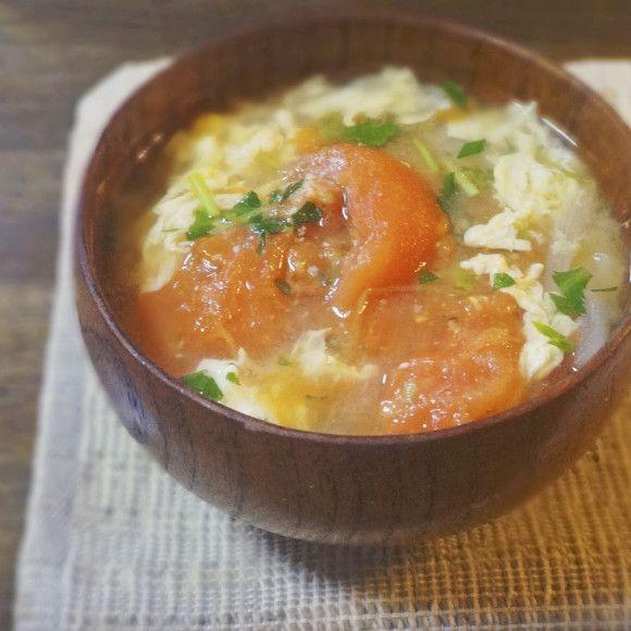 トマトとふんわり卵の味噌汁