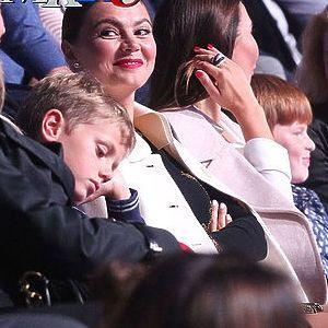 алина кабаева с детьми фото