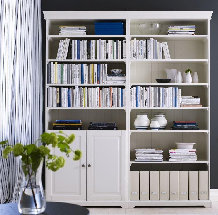 Ponte Libreria Ikea.Libreria Ikea Arredo Polifunzionale Librerie Con Libreria A
