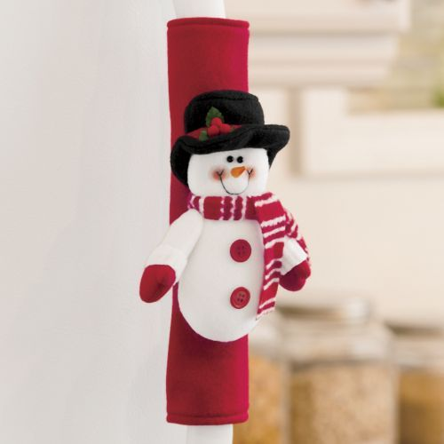 "CUTE idea! Holiday ""Handle Covers"" for refrigerator door handles, microwave oven handles, etc."