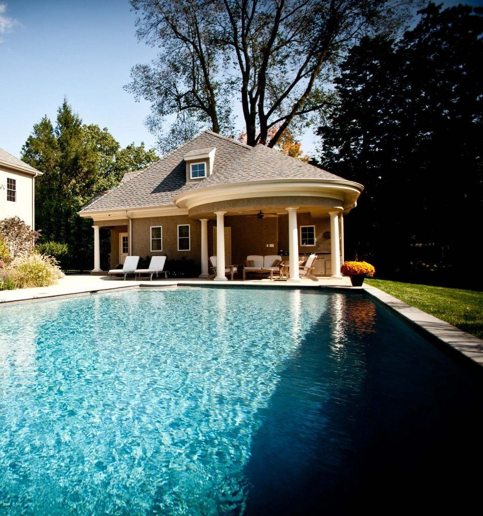 Pool house with circular portico and outdoor kitchen. #pool ...
