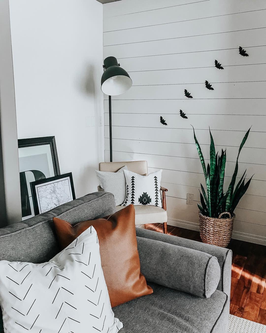 Modern Farmhouse Living Room Decor + Throw Pillows + DIY