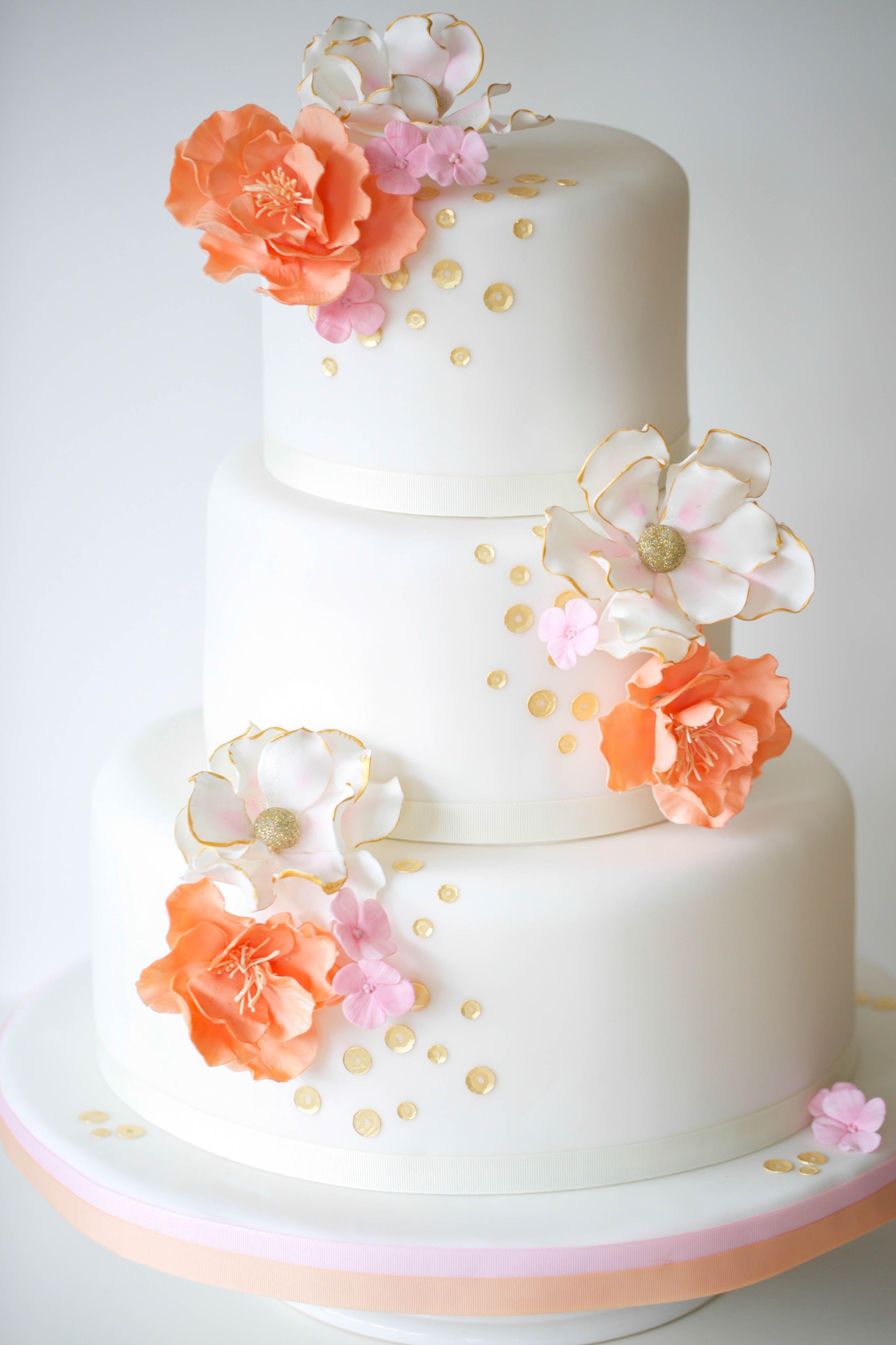 Hochzeitstorte Weddingcake Aprikot Gold Rosa Www Suess Und Salzig De