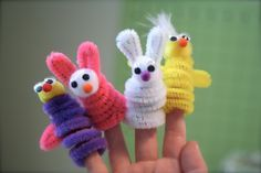Great and easy finger puppet craft to do with kids.  So many possibilities.