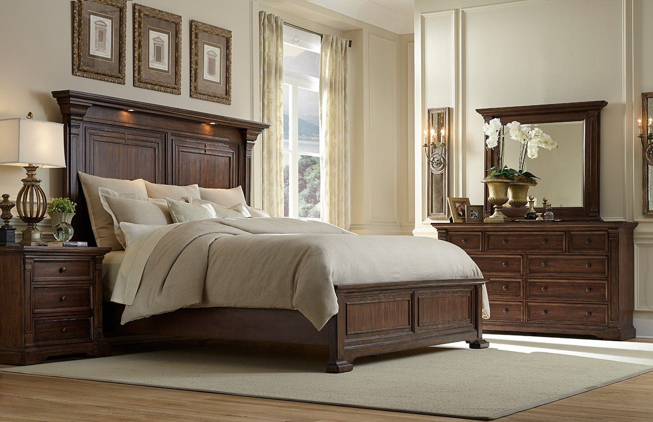 Superb Coventry II 4 Piece King Bedroom Set | US $1749.99