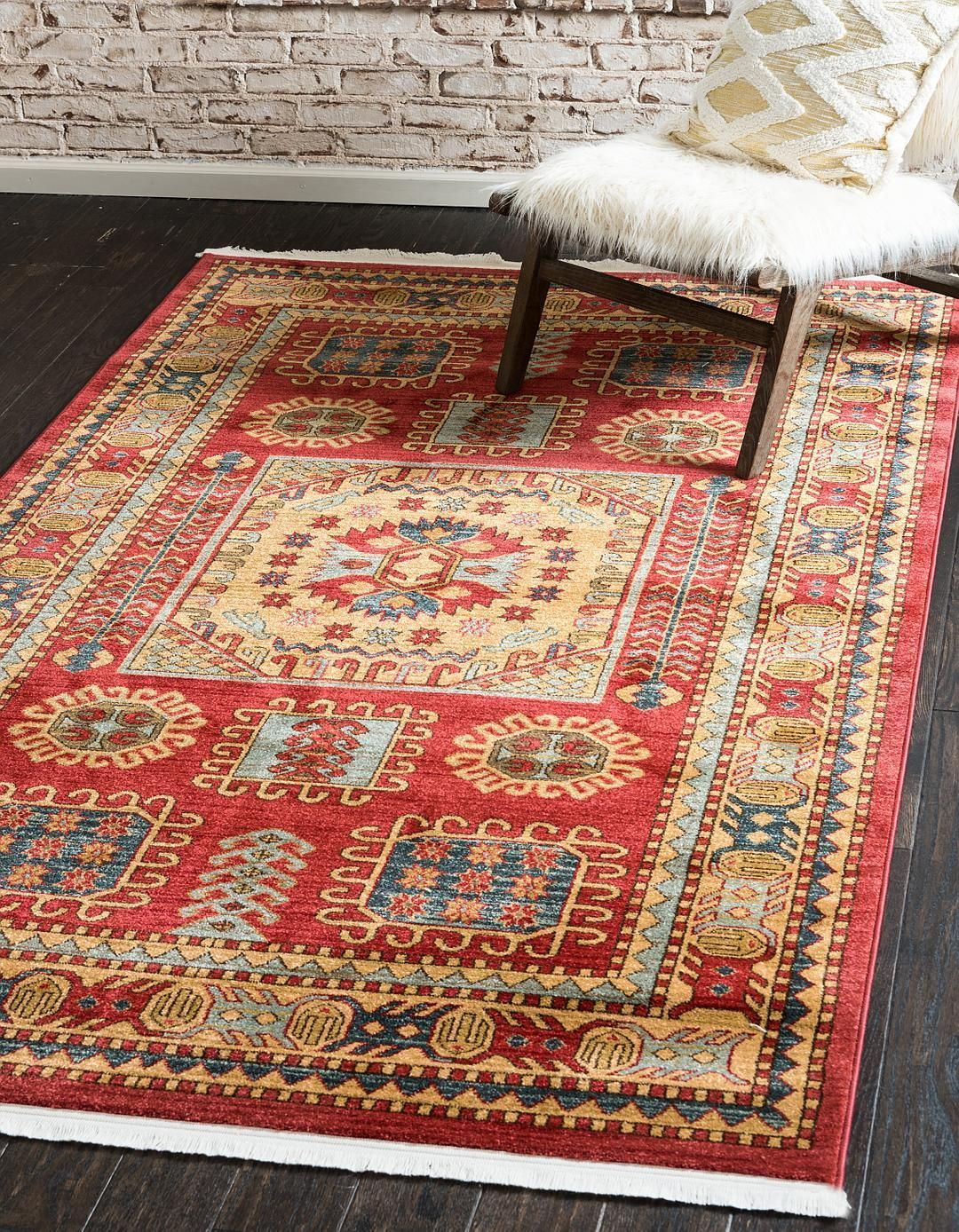 Red 3 3 X 5 3 Serapi Rug Area Rugs Esalerugs Area Rugs Affordable Persian Rugs Unique Loom