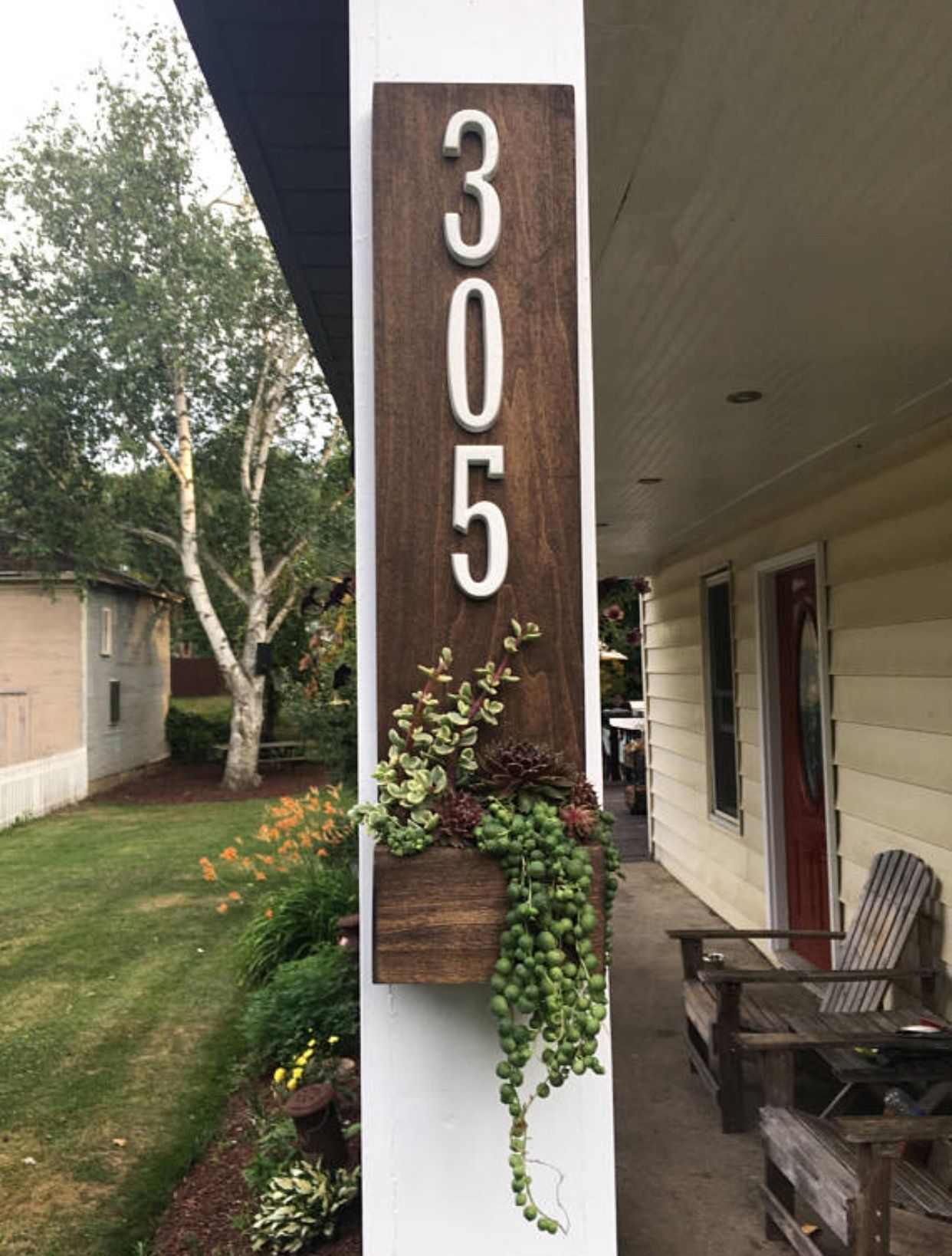 Rustic House Number Planter Sign In 2020 Rustic House Numbers