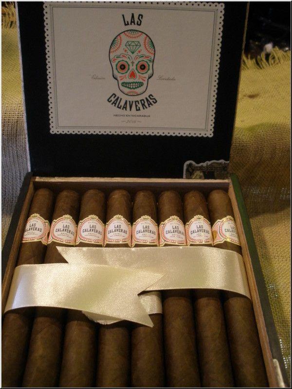 El Fumador Las Calaveras Edicion Limitada 2015 LC52 Toro $10 96