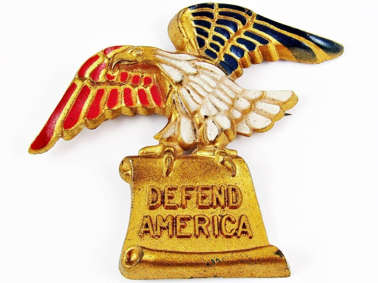 """VINTAGE WWII ERA VICTORY EAGLE """"DEFEND AMERICA"""" PATRIOTIC"""