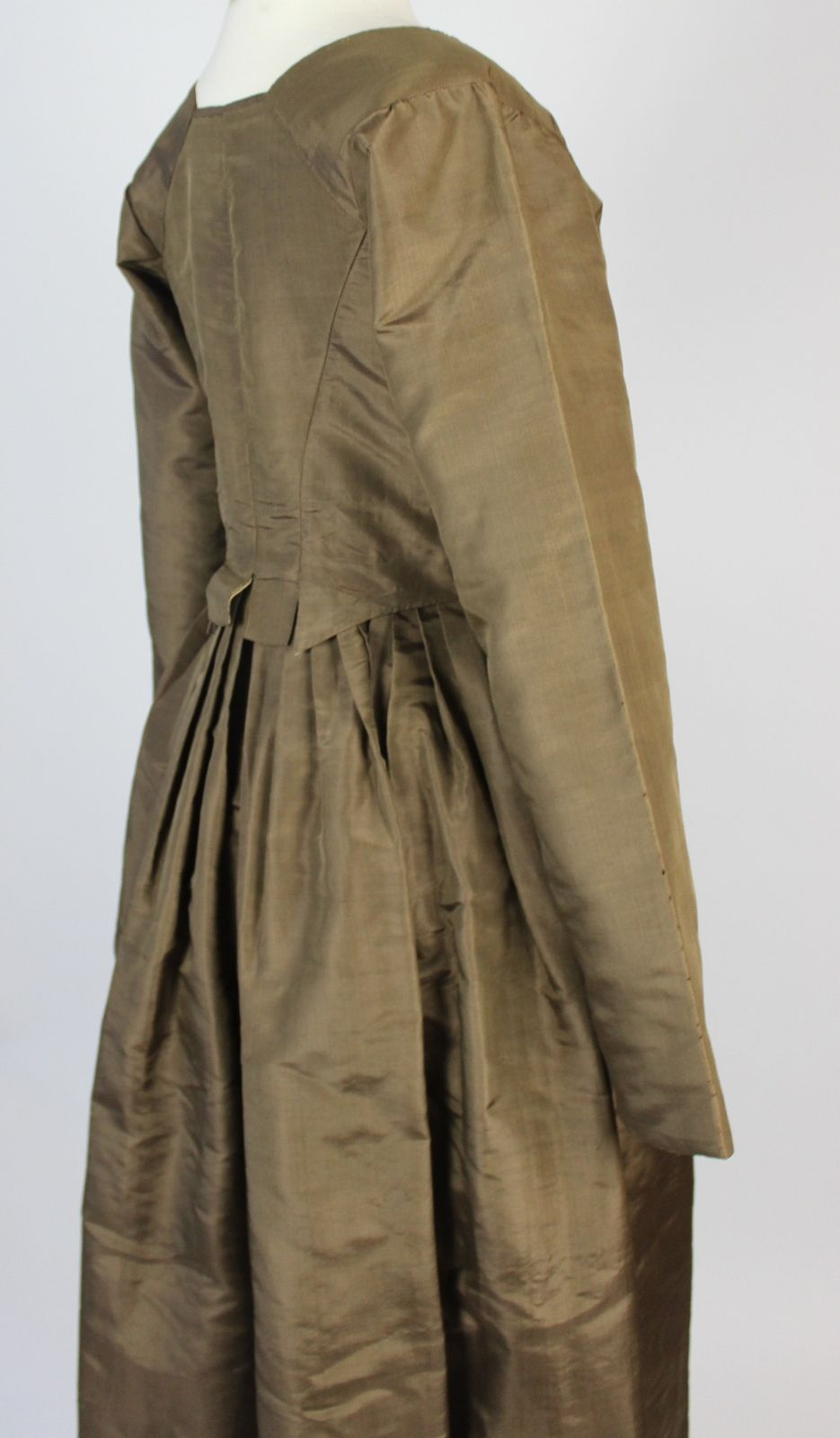 Antique dress th century golden green simple silk antique gown c