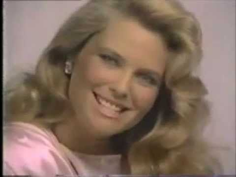 Christie Brinkley Commercial >> Cover Girl Nailslicks And Luminesse Lipstick Commercials Featuring