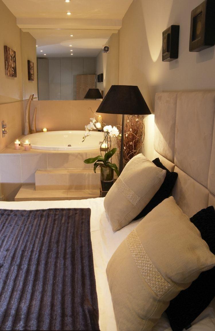 Indoor Jacuzzi Ein Ganzes Spa Erlebnis In Ihrem Zimmer Dekoration Ideen Suites Banheiros Modernos Casas De Luxo