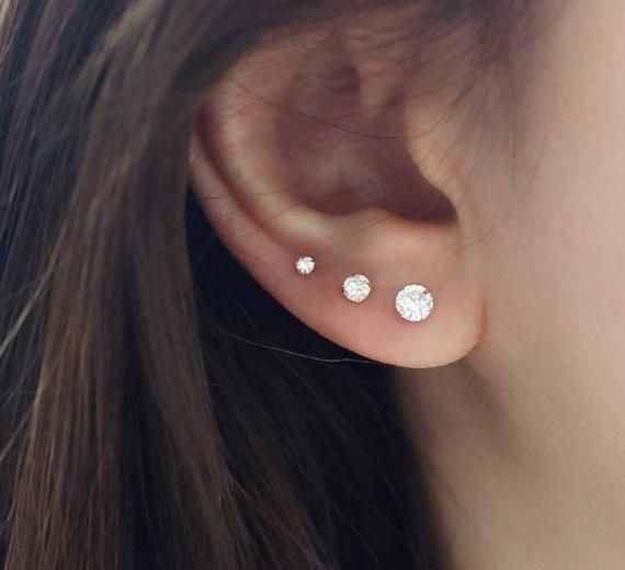 Cartilage earring, cartilage piercing, conch piercing, helix piercing, helix earring, lobe piercing, tragus piercing, tragus stud