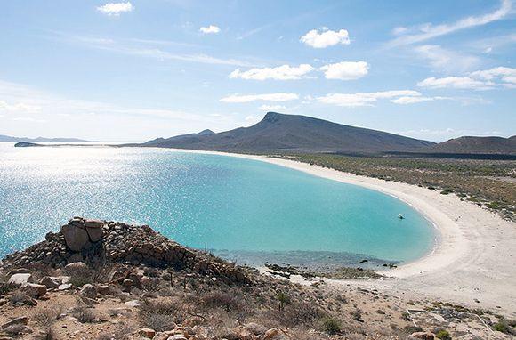 Isla Espiritu Santo Baja California Sur Mexico We Ve Got A Major Crush On This Island Cool Places To Visit Baja California Baja California Mexico