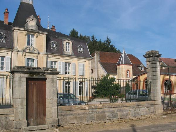 http://www.la-haute-saone.com/images/maison_maitre_pusy_epenoux-5ed3.jpg