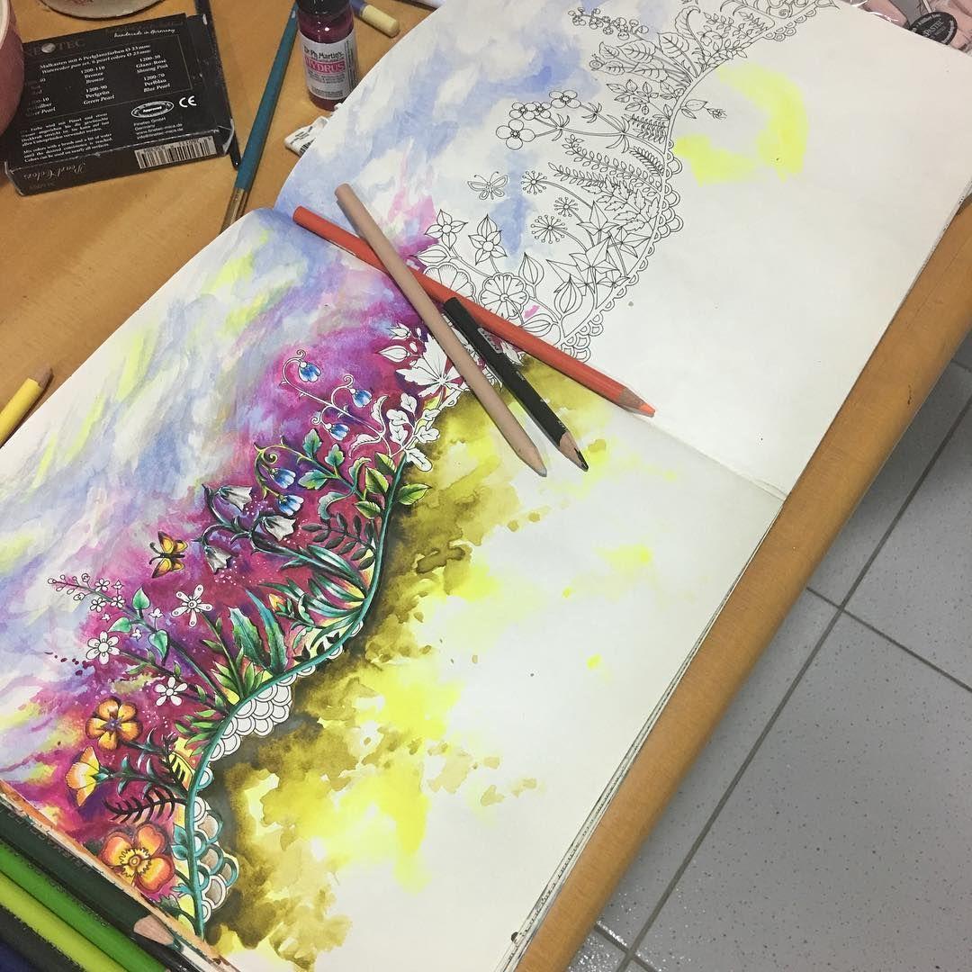 #coloringbooks #coloringbook #livrosdecolorirparaadultos #livrosdecolorir #florestaencantada #enchantedforest #watercolours #aquarela #prismacolorpencils #prismacolor