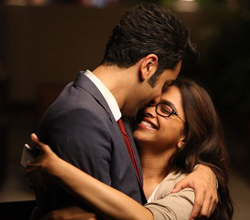 Ranbir Kapoor Hugs Deepika Padukone What A Moment Deepika Padukone Movies Deepika Padukone Bollywood Couples