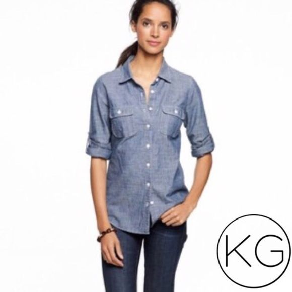 1a6c5f0d693 J. Crew Perfect Shirt in Blue Chambray In great pre-owned condition! •J.  Crew Factory •Women s size XS •Approx. 18.5