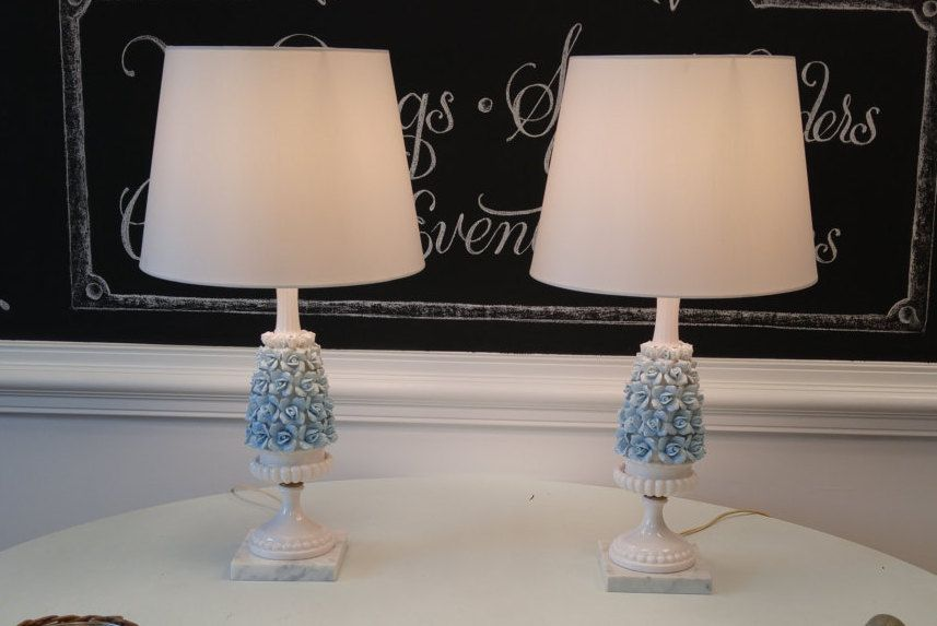 Beautiful blue ombre ceramic flower table lamp set fantastic vintage condition